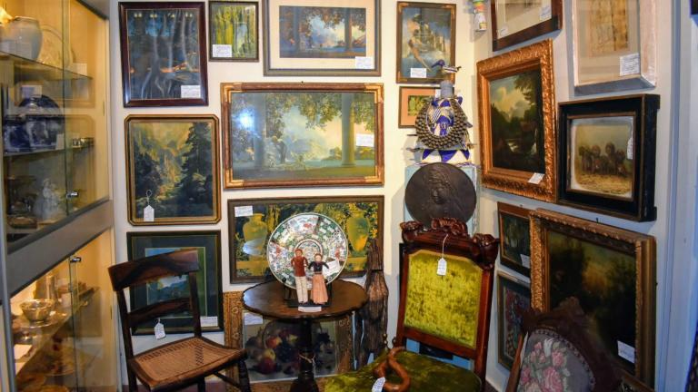 Antiques Collaborative paintings